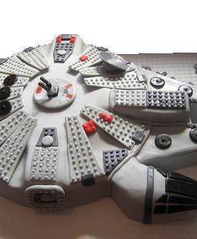 Tort lego milenium falcon starwars